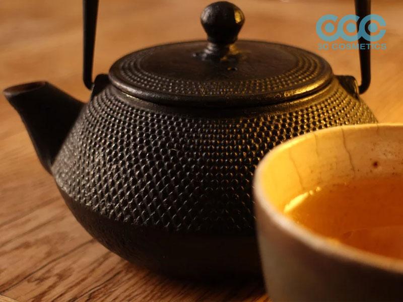 sử dùng trà nấm Linh Chi trong làm đẹp da